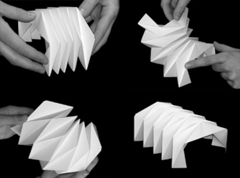 movable paper foldings
